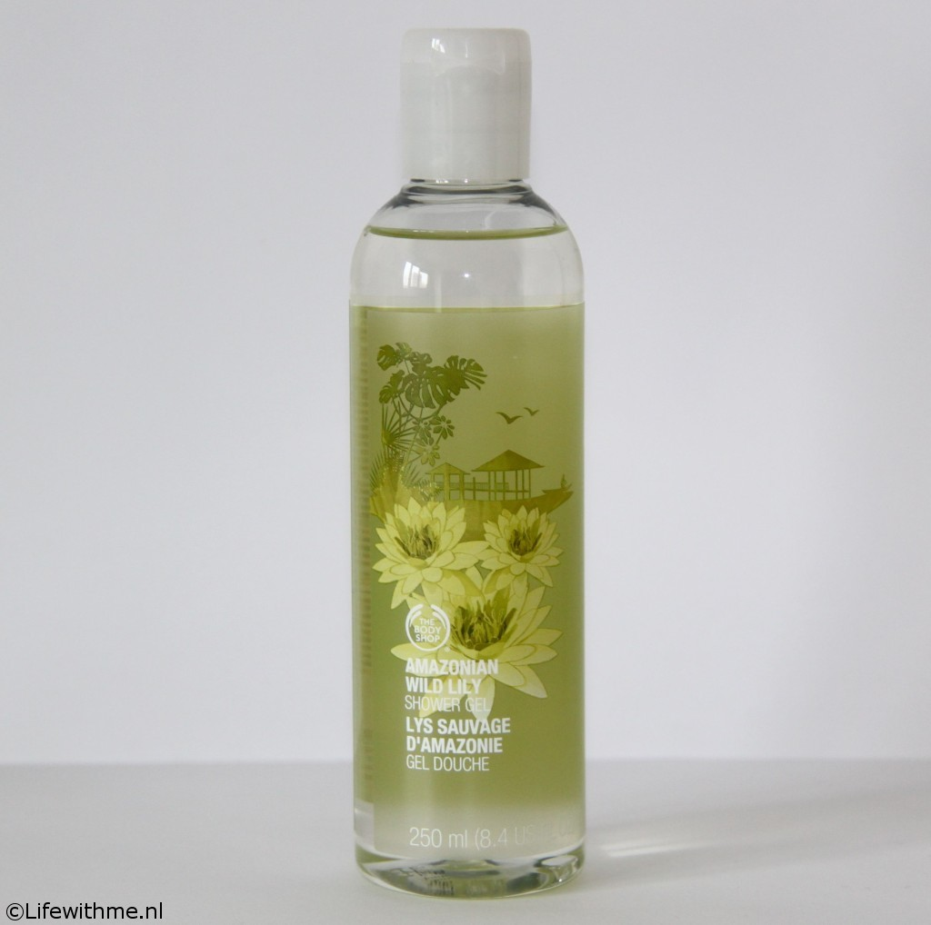 Shoplog Body Shop wild lily shower gel