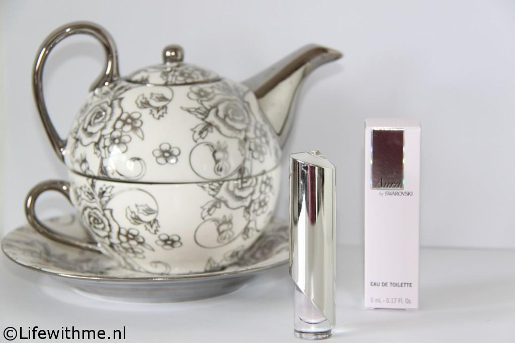 Swarovski aura parfum thee