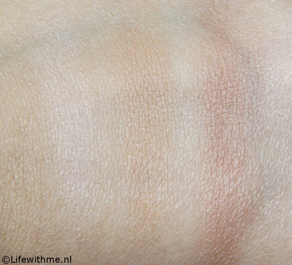 Golden Rose bronzer swatch