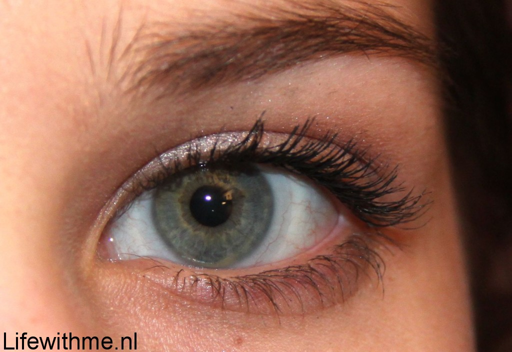 Essence mascara afdruk