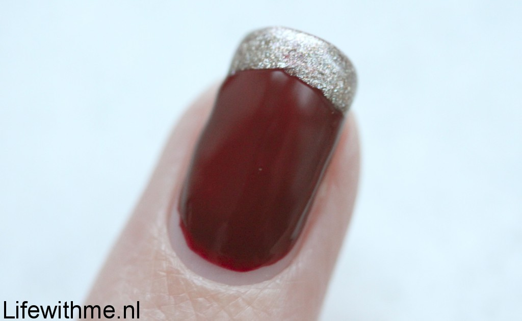 Meeki nagellak french manicure